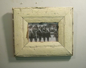 SHABBY ARCHITECTURAL SALVAGED Recycled Wood Photo Picture Frame 4 X 6 Vintage s 518-12