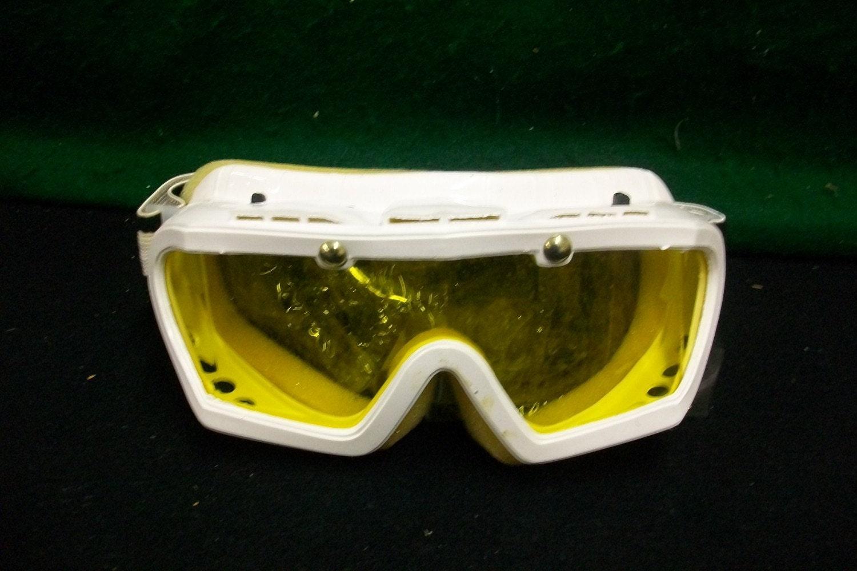 Vintage Ski Sunglasses 3