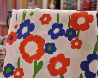 Summer Floral - Vintage Fabric Mod Flowers 60s 70s Juvenile Daisies Novelty