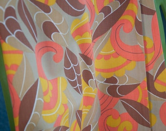 Oh so Mod - Novelty Vintage Fabric 36 inches wide 50s 60s New Old Stock Bold Geometric
