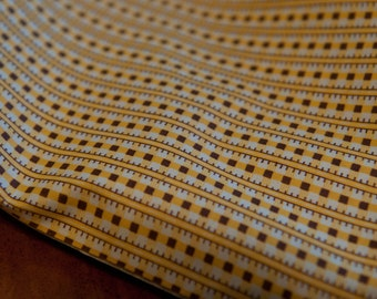 """Fun Little Geometric - Mod Vintage Fabric  50s 36"""" in wide Brown and Yellow"""
