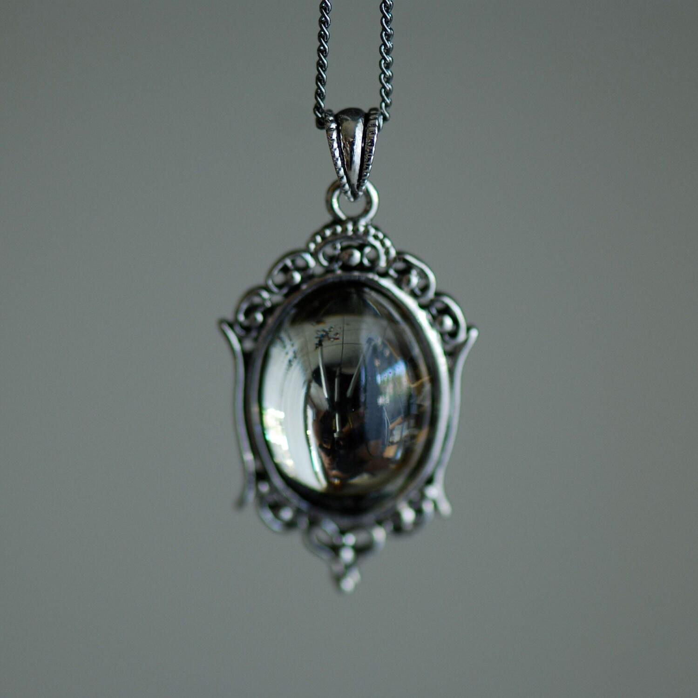 Vintage Black Necklace 2