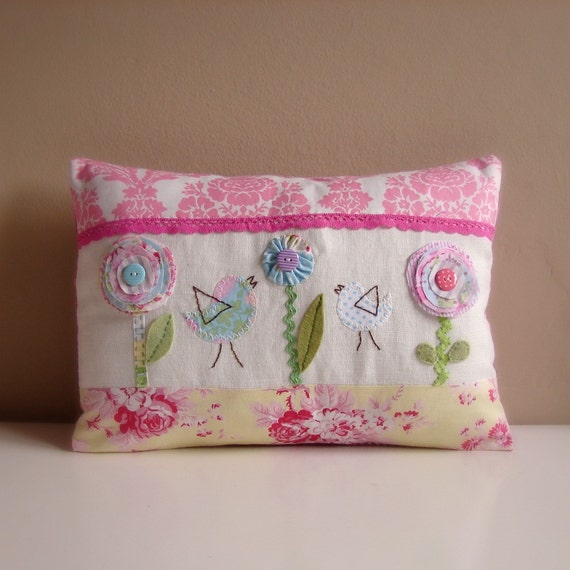 Cushion 2 birds and flowers pink and yellow