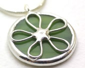 Green Flower Power - Stained Glass Pendant with chain\/cord