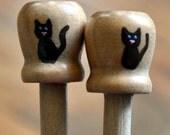 Bitty Kitty Knitting Needles -- Size US 10