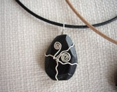 SALE Black stone canvas pendant head with leather code /kururi