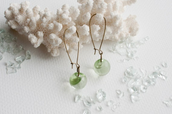 THE GARDEN GLOBES dangle earrings with vintage light green lucite buttons