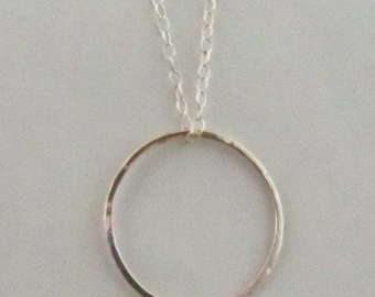 Simple hammered sterling silver circle necklace