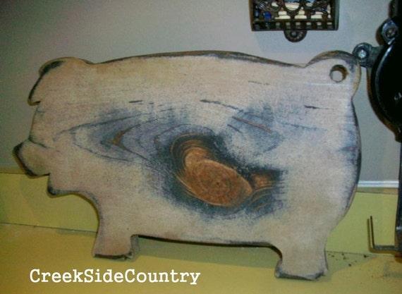 Primitive Grungy Wood Pig Cutting Bread Board - AW