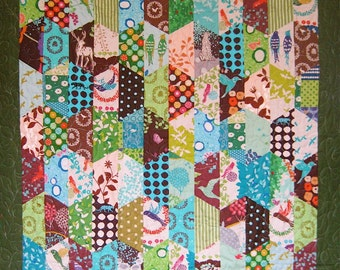 Patchwork Quilt - green and aqua Echino Hexcentric throw quilt