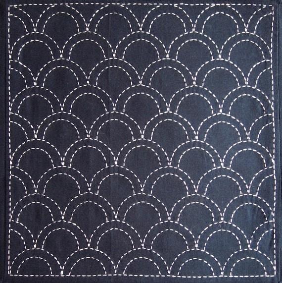 Japanese sashiko fabric - Seigaiha (Ocean Waves) panel number 207
