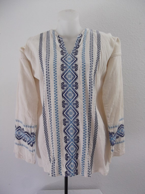 Mexican Embroidered Blouses For Sale 97