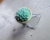 Bloom - Sea Foam Chrysanthemum Adjustable Ring