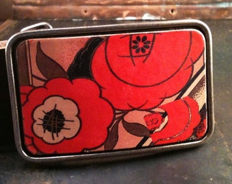 Floral belt buckle in reds, The Nouveau rose leather belt buckle