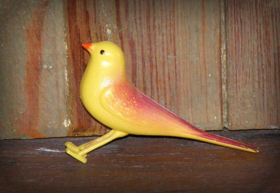 Vintage Yellow Bird Branch Clip