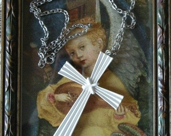White Metal Vintage Cross Pendant on Silver Chain