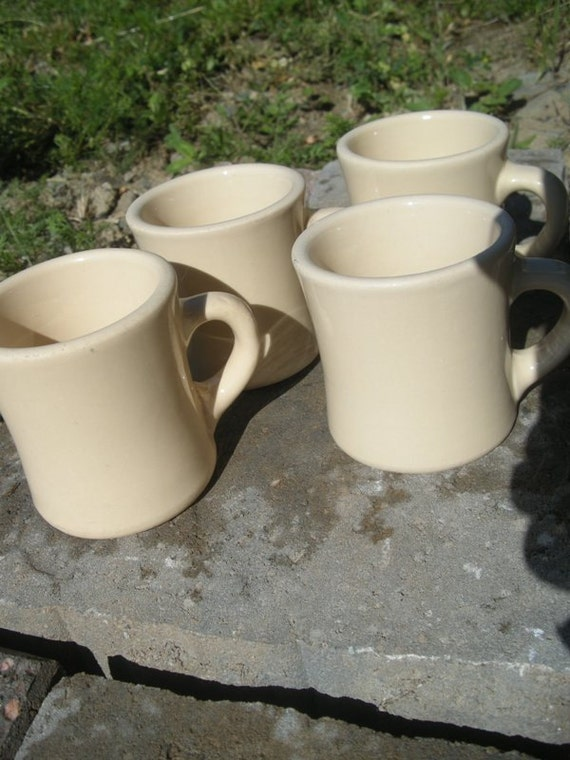 1940s Beige/Tan Victor Vintage Restaurant/Diner Coffee Mugs Set of 4