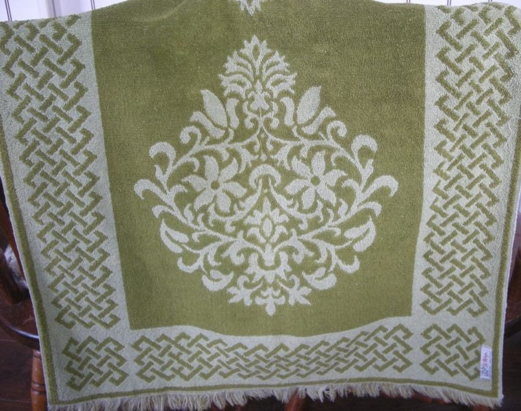 vintage st marys all cotton sage green bath towel. Black Bedroom Furniture Sets. Home Design Ideas