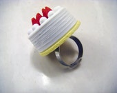 Strawberry Cake Adjustable Ring