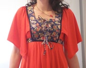 Vintage 70s dress flutter sleeves with interesting exotic looking fabric hippie boho