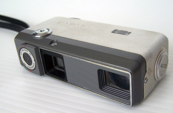 Vintage - Chrome Minolta 16 EE II with case (1962-1964) metal