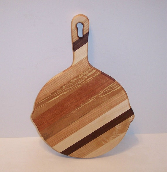 Skillet Cheese Cutting Board