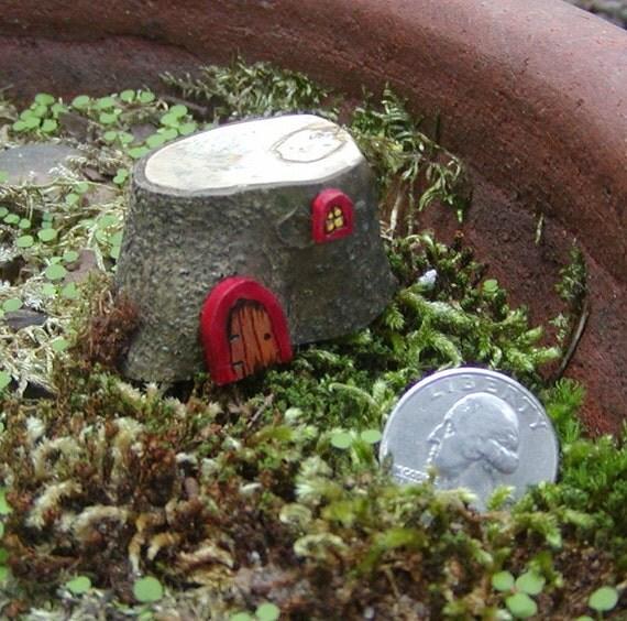 Fairy, Elf, Gnome, Wee Folk Tree Stump House...MINI...1 inch...Terrarium Decor..RED Door FAIRY-SCAPE