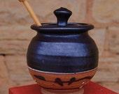 Honey Pot in Mutsumo Black