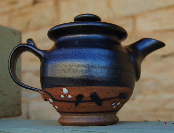 Darling Teapot in Mutsumo Black