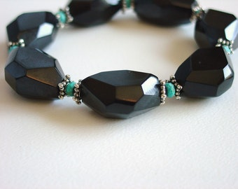 Black and Turquoise Braclet / Modern / Geometric / Chunky / Turquoise / Black / Turquoise / Resin / Chic / Fun / Bold / Statement Bracelet