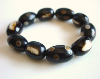 Ethnic Bracelet / Bohemian / Chunky / Resin / Stackable / Brown / Cream / Spots / Stripes / Spots / Stripes / Espresso / Crema / Lightweight