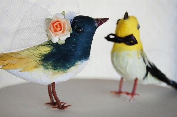 Flapper Love Birds Wedding Cake Topper: Vintage Inspired Bride & Groom Wedding Cake Topper in Sunshine Yellow and Teal