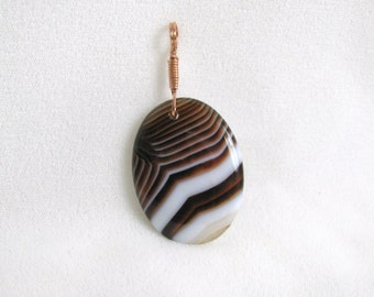 Crisp Brown & White Onyx Pendant with Copper Bail RKM181