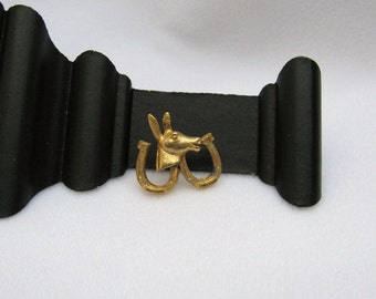 Vintage Donkey and Horseshoe Pin - Gulf Oil promotional Democrat item