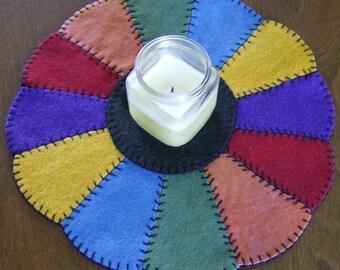 Dresden Plate Wool Candlemat