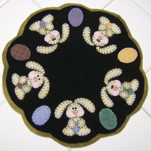 Wool Bunny Candlemat