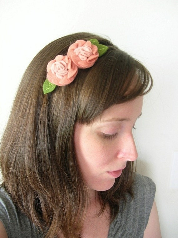 50% off Felt Flower Headband // Peach Flowers Women's Elastic Hairband by OrdinaryMommy on Etsy