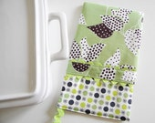 Last One Sale - Oven Mitt - Hot Pad - Leafy Green