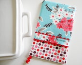Oven Mitt - Hot Pad - Floral Bouquet in aqua and red