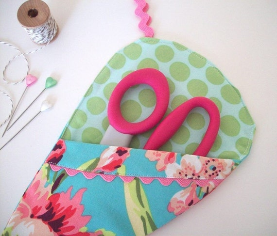 Scissor Sleeve -  Pink and Green Bliss