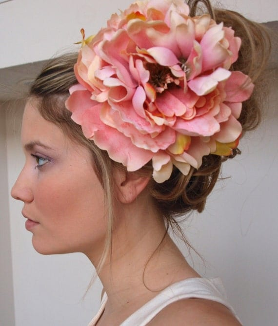 the chateauroux - Large Flower Hair Clip in Pink Pastel Spectrum - Free Worldwide Shipping