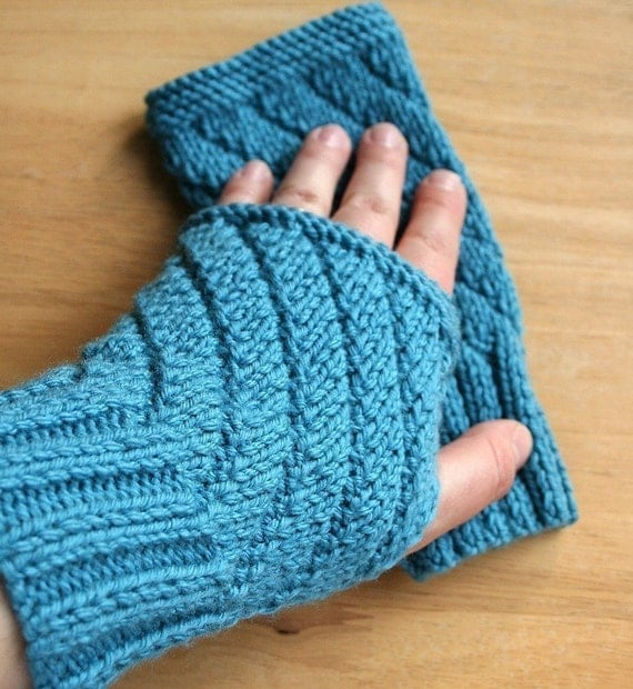 Knitting Pattern Gauntlet Gloves : Knitting Pattern - Fingerless Gloves - Mitts Gauntlets ...