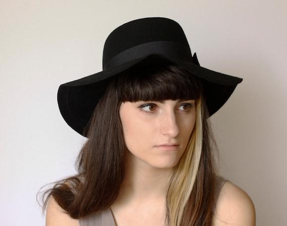 Flat Profile Black Floppy Hat 100% Wool