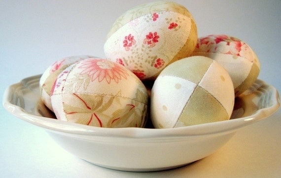 Beautiful Easter Eggs from Designer Fabric