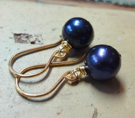 Dark Blue Pearl Earrings Midnight Blue Pearl Earrings Gold earwire 9mm Pearls Fall Fashion Jewelry Real Freshwater Pearl