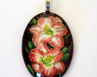 Daylily Pendant Rose Pink Cream Oval Art Glass