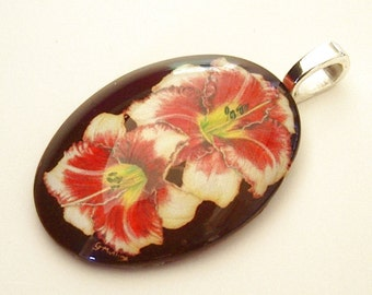 Daylily Pendant Cream Peach Red Maroon EyeSpots Oval Art Glass