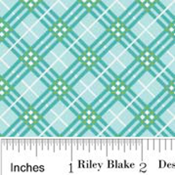 C2565 Blue- Hoo's In The Forest - Plaid 1/2 yard