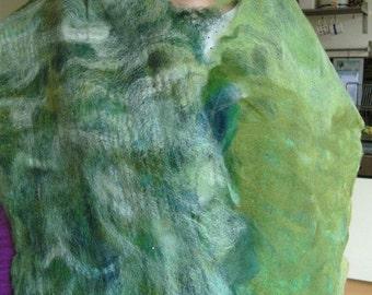Felted shawl meadow