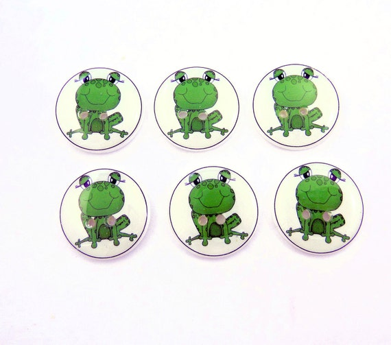 Frog buttons.  Handmade Buttons. 6 sewing buttons.